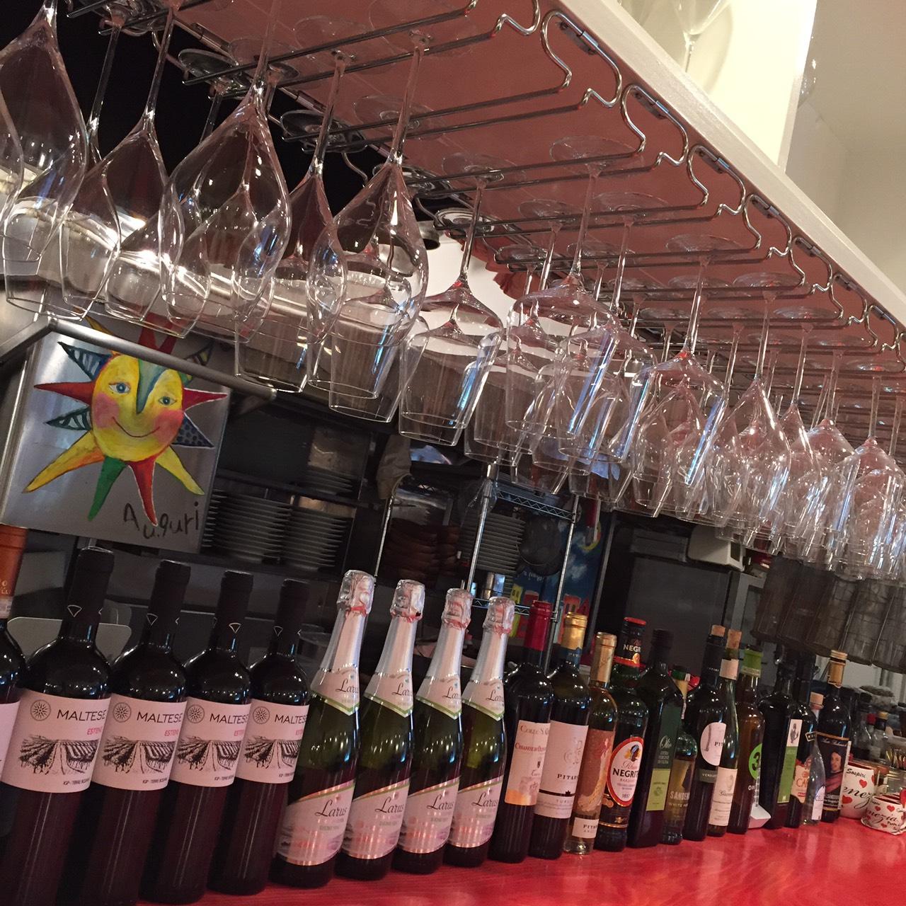 14_様々なワインをご用意しています!