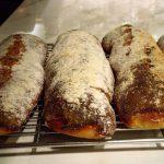 スリッパの形をしたチャバッタというパン